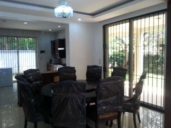 4 bedrooms Villa in Gated Compound In Oysterbay For Rent image 4