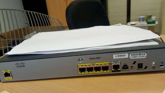 CISCO881-K9 ROUTER - NEW