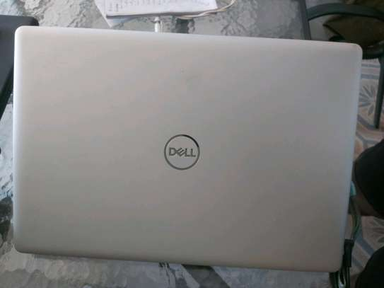 Dell Inspiron 15 5000 laptop image 4
