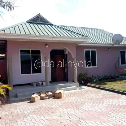 3 BDRM  HOUSE  STAND ALONE AT KIJITONYAMA image 2