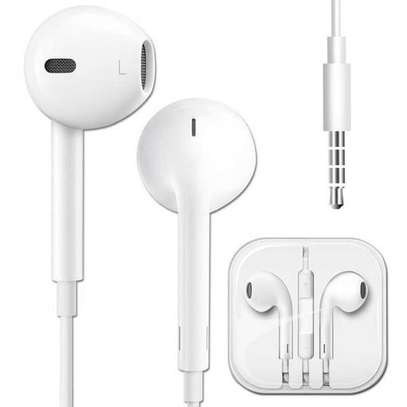 earphone at 15000 image 1