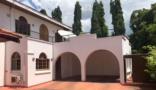 5bed executive house at masaki 410,000pm image 10