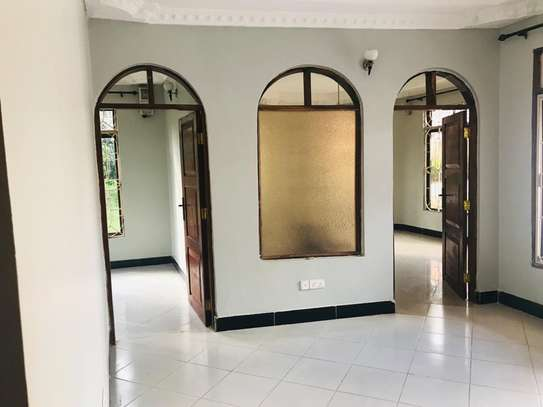 4 bed room house for sale at kimara image 9