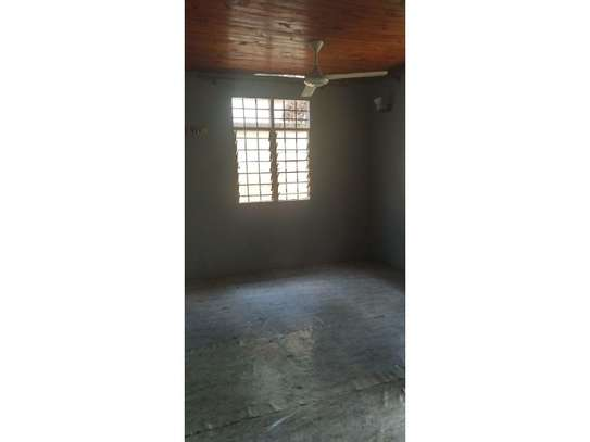 1bed house in compound at mikocheni a uzunguni image 7