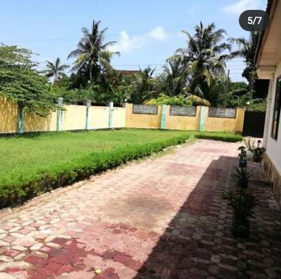 HOUSE FOR SALE AT MBEZI BEACH image 4