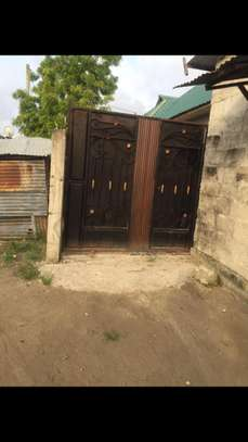 3 bed room house for sale at kigamboni TRA image 8
