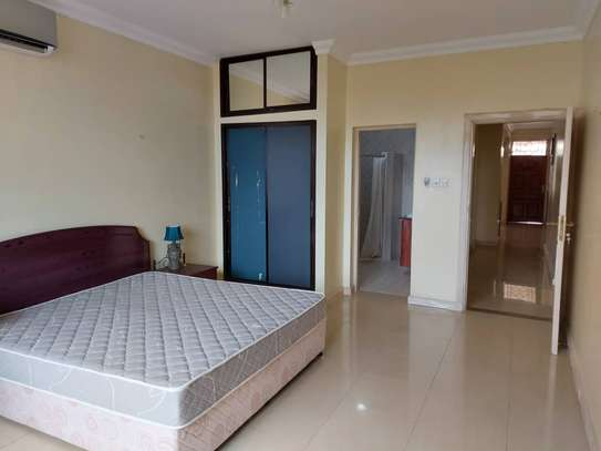 3bdrm  Apartment to let in masaki image 1