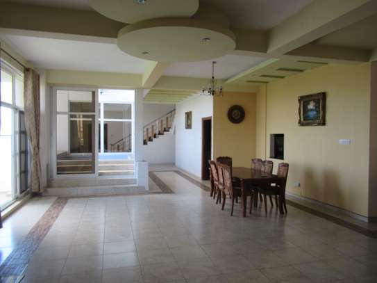 SPECIOUS APARTMENT FOR RENT AT UPANGA image 2
