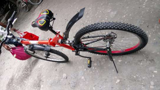 Full-suspension mountain bike image 5