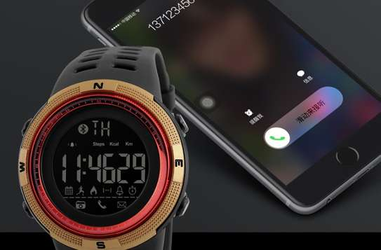 Freme Smartwatch (Iphone & Android Compatible)
