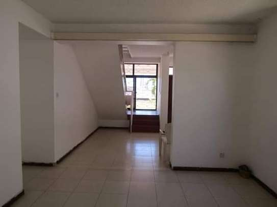 5 Bedrooms Bungalow House for Office / Commercial / Residential Uses in Masaki image 2