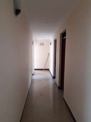 3bedroom standalone house to let in Mikocheni image 7