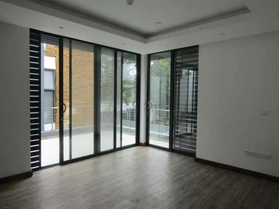 4 Newly Bedrooms Executive Villa House in Oysterbay image 10