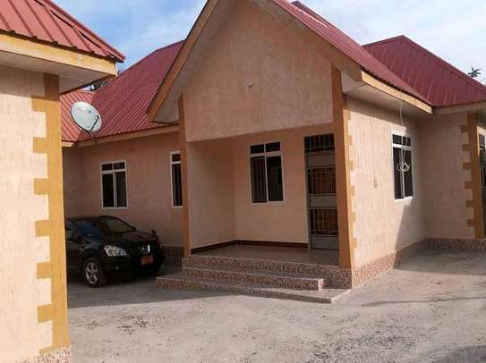 MBEZIKIBANDACHAMKAA - 2BEDROOM UNFURNISHED image 1