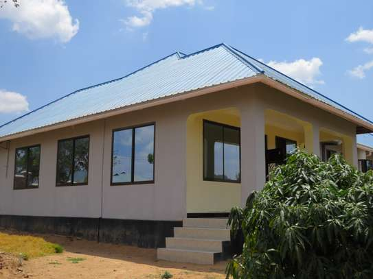Beautiful bungalow in Iringa image 3
