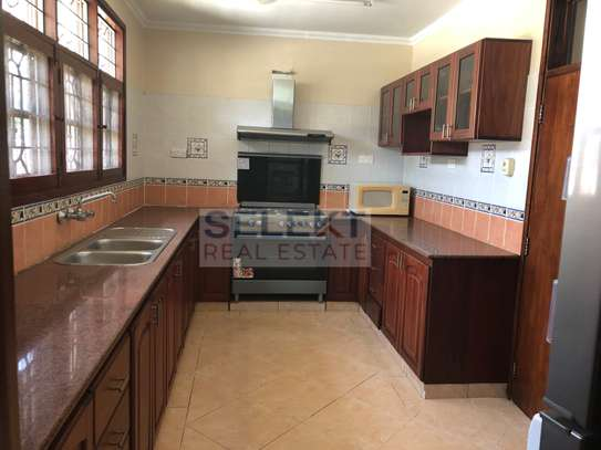 Specious 4 Bedroom Compound Houses In Oyster Bay For Rent image 3