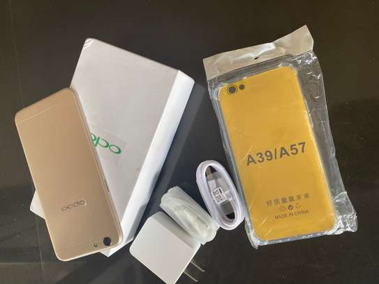 Oppo A57 image 2