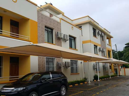 Luxury apart fully furnished for rent at OYSTERBAY image 1