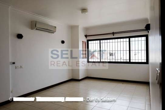 3 Bedrooms Townhouse In Msasani image 9