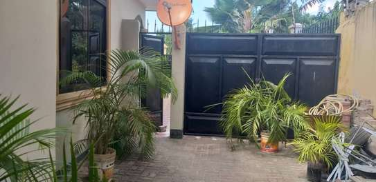 2 bed room house for rent at kinondoni mk