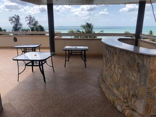 6 Bdrm Beach house for sale at kigamboni image 2