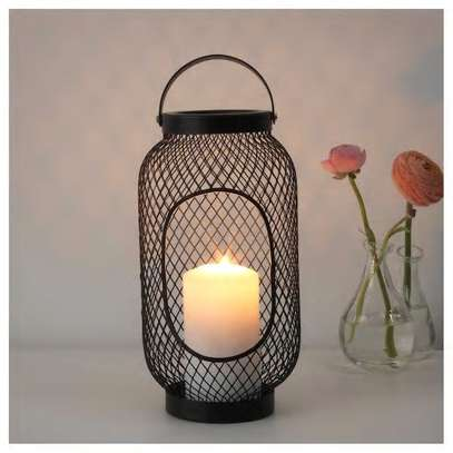 Candle holder mesh framed image 2