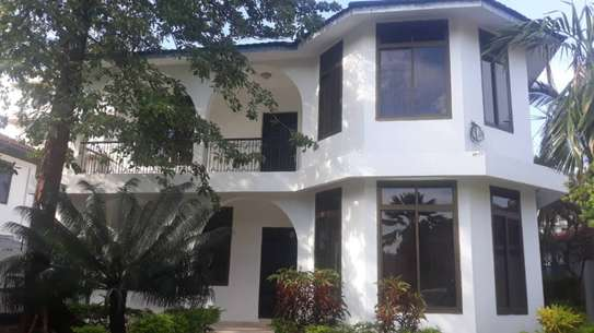 Nice 4 Bedroom House for rent at Msasani