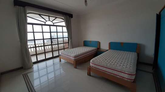 3 Bedrooms Sea View Apartment For Rent in Upanga image 7