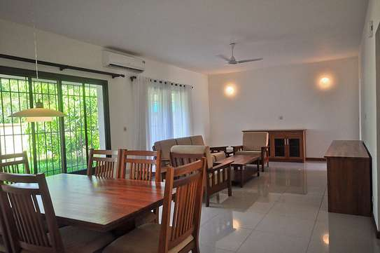 4 Bedrooms House in Compound in Oysterbay For Rent image 2