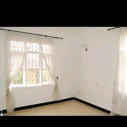 House for rent t sh 8.5 image 3