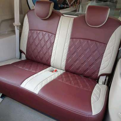 Car seatcover image 4