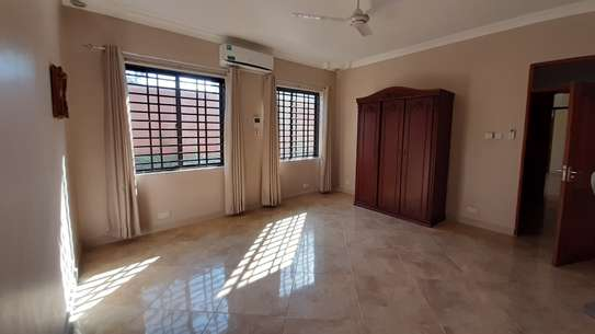 3 Bedrooms Bungalow In A Compound For Rent In Oysterbay image 10