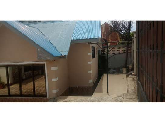 3 bed room house in the compound for rent at msasani namanga image 2
