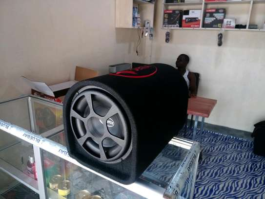 Car redio and sound