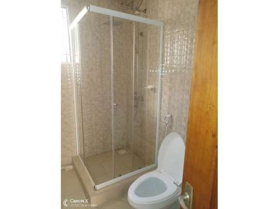 4bed house at oyster bay with big compound $3500pm image 7