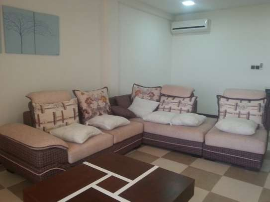 5 Bedrooms Villa For Rent In Oysterbay image 15