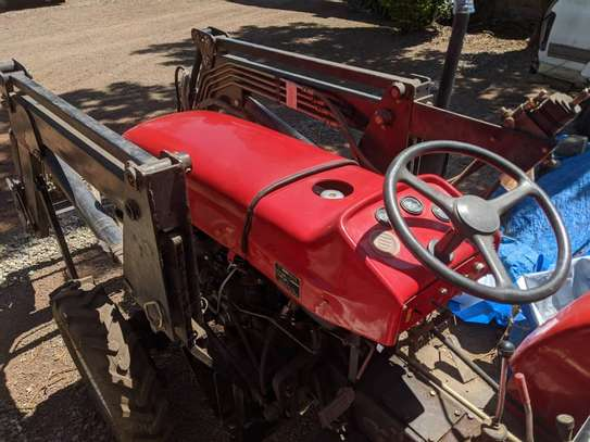 Tractors 4WD 30HP - New Tractor Loader and Hoe image 2