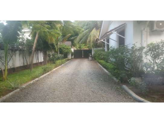 4 bed room house with gest wing and stand by generator for rent at masaki image 3