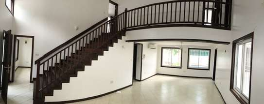 4 BEDROOM 3 ENSUITE HOME FOR TO LET  IN  MASAKI image 2