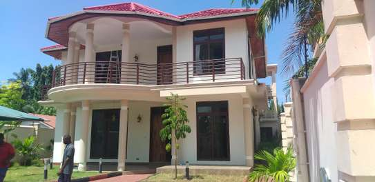 4BEDROOMS STANDALONE HOUSE 4RENT AT MIKOCHENI A image 1