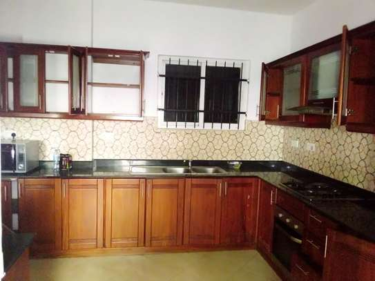 LUXURY 4 BEDROOM PENTHOUSE FOR RENT WITH JACUZZU AND SEA VIEW AT UPANGA image 2