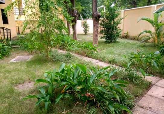 a 5bedrooms  BUNGALOW in  MASAKI is now available for SALE  with a clean documents image 4