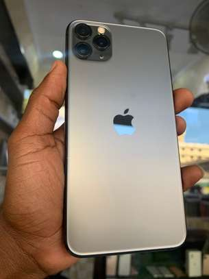 iPhone 11 Pro Max 256GB Spacegray for sale image 8