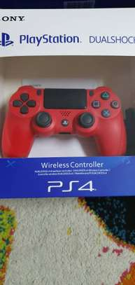 Playstation 4 controllers image 4