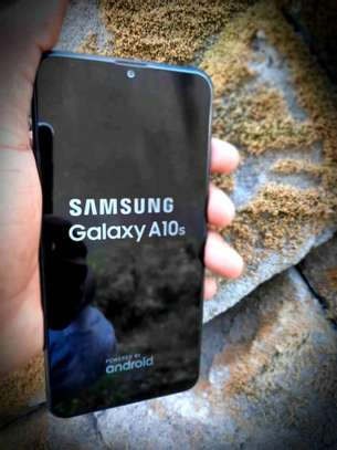 Samsung Galaxy A10s in clean condition Ina wiki 2