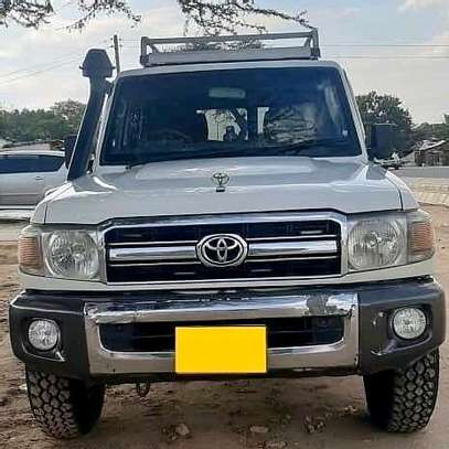 2010 Toyota Land Cruiser Lx