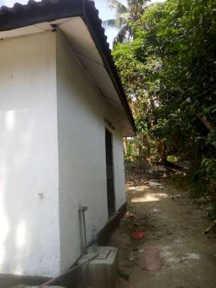 3 bed room house for rent at mbezi beach makonde image 8