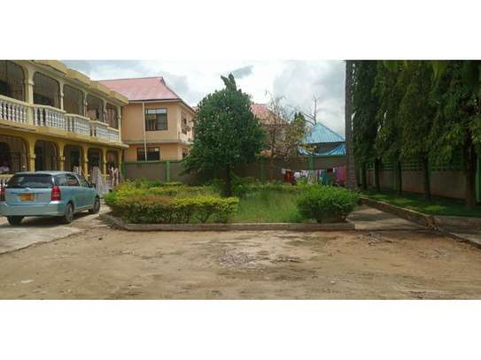 3bed apartment at mikocheni a mawaziri tsh 900,000 ia image 1