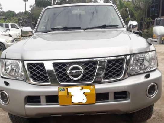 2010 Nissan Patrol New Model -DJL image 2