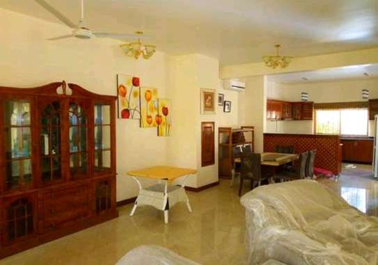 VILLA MBEZI BEACH FULL FURNISHED image 7